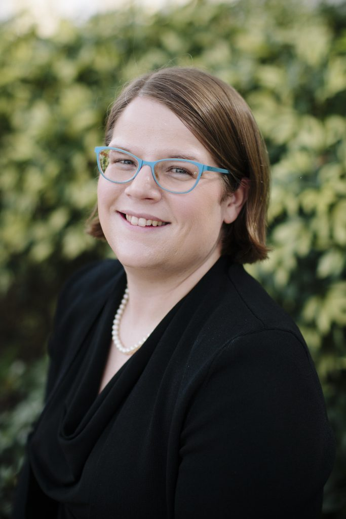 About Host Liz Covart - Ben Franklin's World